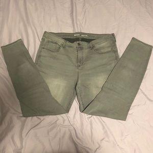 Old Navy Rockstar Mid-Rise Skinny Jeans